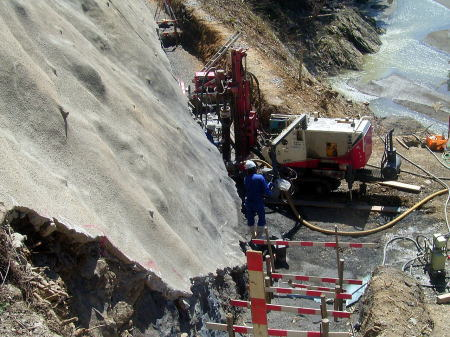 地域連携機能強化道路整備事業